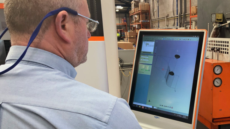 Linear Plastics machine operator